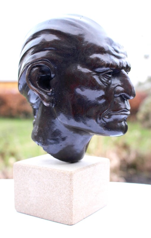 Bronze Bust of Native American Signed and Dated-tinker-toad-img-7990-master-main-637031233646077762.jpg