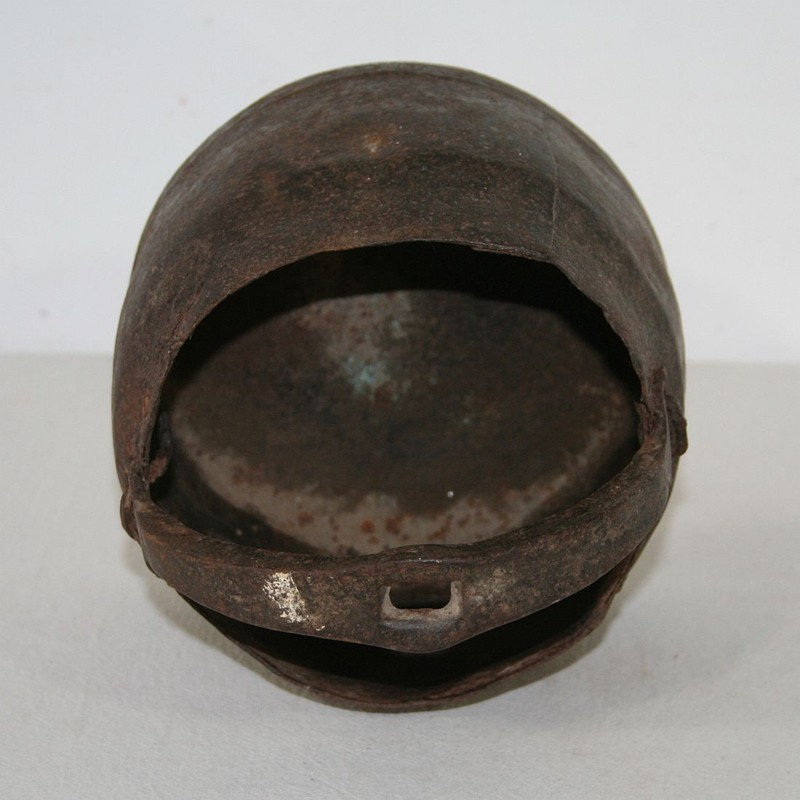 18th Century Hand-Forged Iron Cooking Pot-tresors-trouves-160351.6-main-636621643512338609.JPG