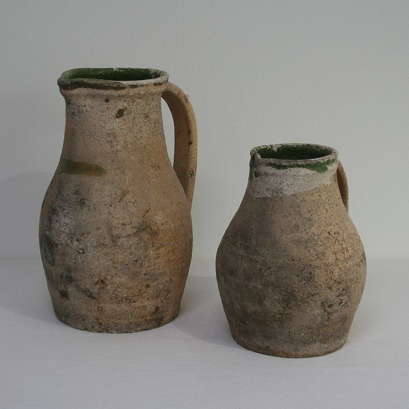 Primitive Earthenware Pitchers-tresors-trouves-180217.1-main-636715745302282474.JPG