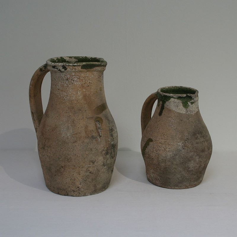 Primitive Earthenware Pitchers-tresors-trouves-180217.3-main-636715745319443354.JPG