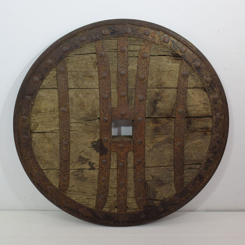17th-18th Century Primitive Spanish Chariot Wheel-tresors-trouves-1900450-main-637331880369533516.JPG