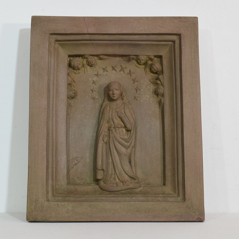 18th-19th Century Sandstone Panel with a madonna-tresors-trouves-2004510-main-637473637808402537.JPG