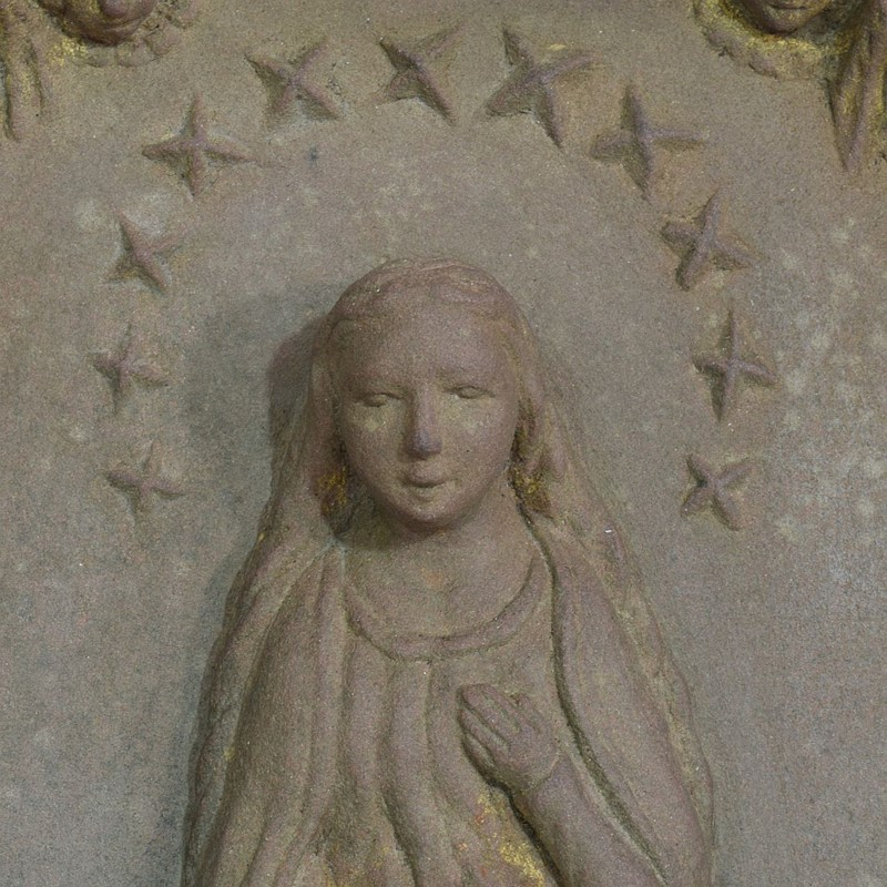 18th-19th Century Sandstone Panel with a madonna-tresors-trouves-20045111-main-637473638978708614.JPG
