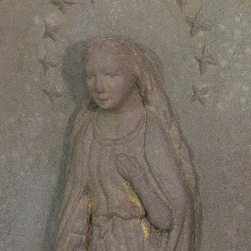 18th-19th Century Sandstone Panel with a madonna-tresors-trouves-20045112-main-637473638984177335.JPG