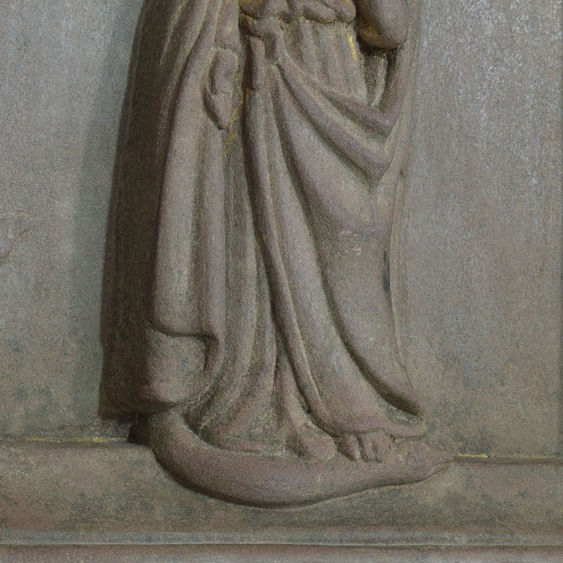18th-19th Century Sandstone Panel with a madonna-tresors-trouves-20045116-main-637473639006833569.JPG