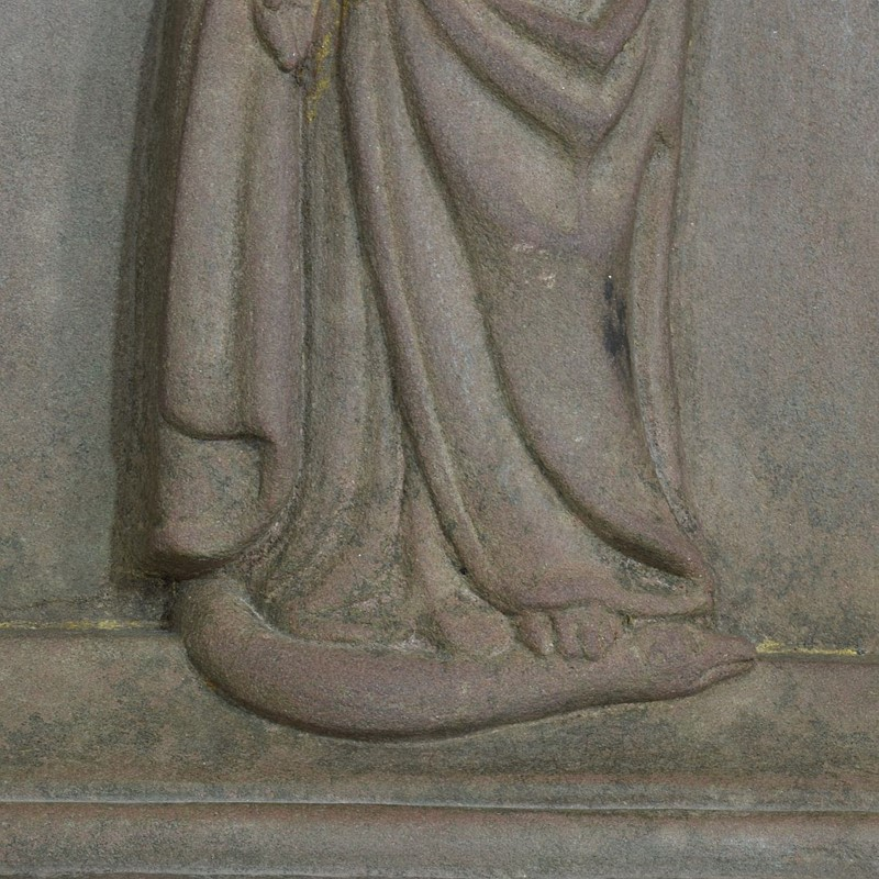 18th-19th Century Sandstone Panel with a madonna-tresors-trouves-20045117-main-637473639013083452.JPG