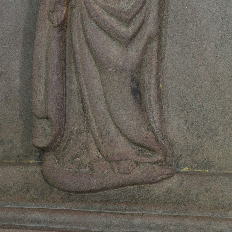 18th-19th Century Sandstone Panel with a madonna-tresors-trouves-20045118-main-637473639018864696.JPG