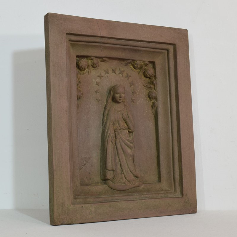 18th-19th Century Sandstone Panel with a madonna-tresors-trouves-2004512-main-637473638929646592.JPG
