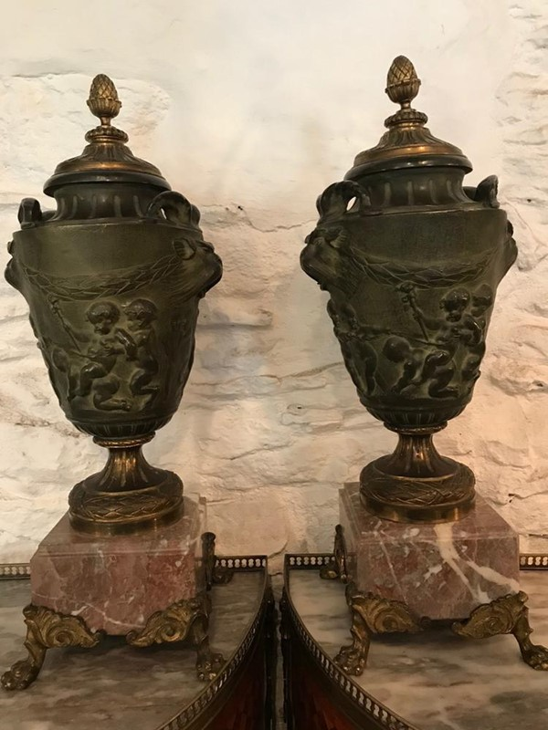 Pair of 19th Century Italian Bronze Urns-twig-ltd-pair-stunning-19th-century-italian-bronze-urns-5-1-main-637431083466862947.jpg