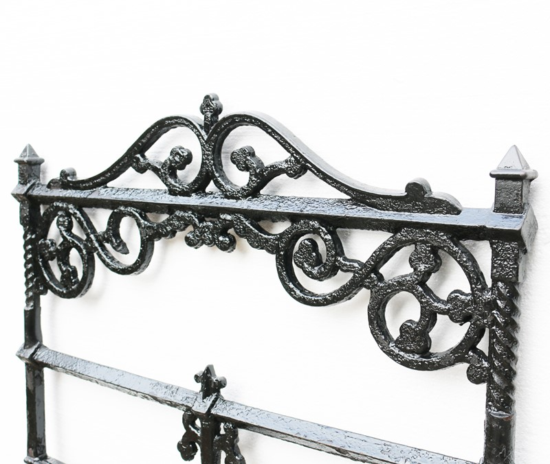 Victorian Antique Cast Iron Gate-uk-heritage--25028-17-main-636882384625227229.JPG