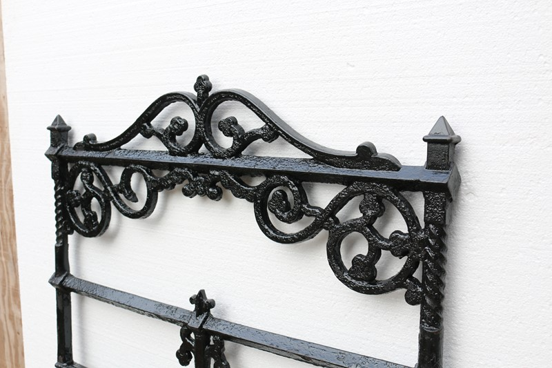 Victorian Antique Cast Iron Gate-uk-heritage--25028-18-main-636882384637258793.JPG