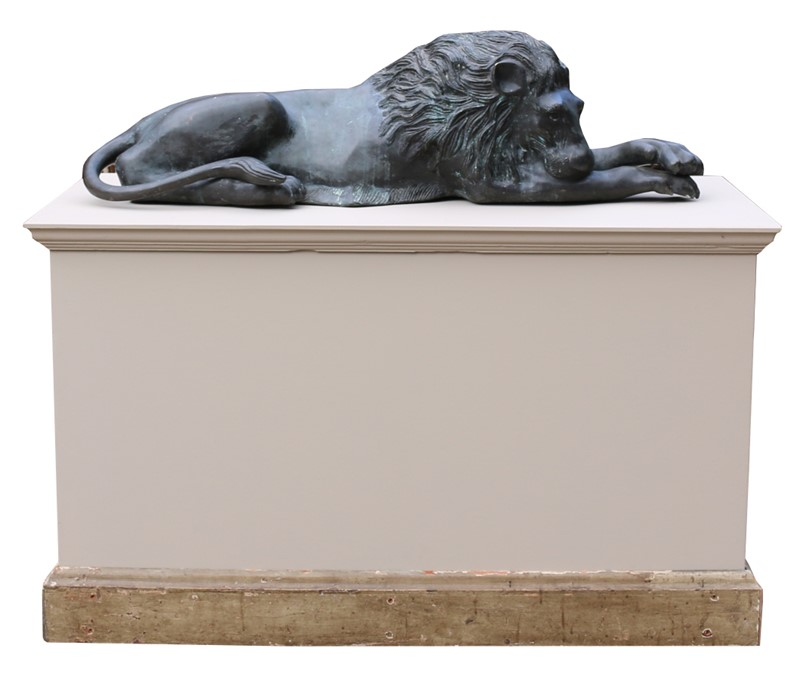 Bronze Lions In The Manner Of  Antonio Canova-uk-heritage-19386-10-main-636869593301999945.JPG