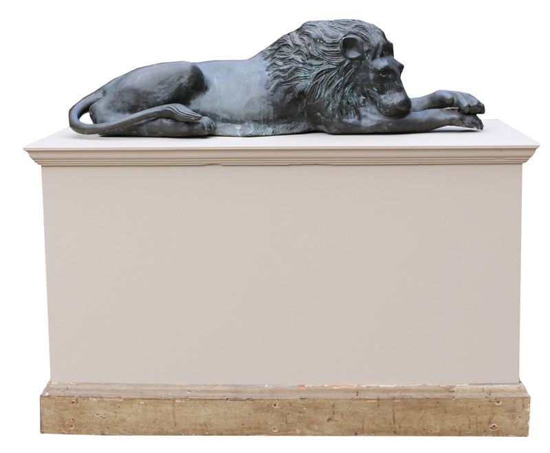 Bronze Lions In The Manner Of  Antonio Canova-uk-heritage-19386-7-main-636869593263562570.JPG