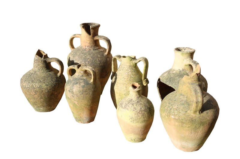 7 Mediterranean Storage Jars-uk-heritage-23512-10-main-636866815196647928.JPG
