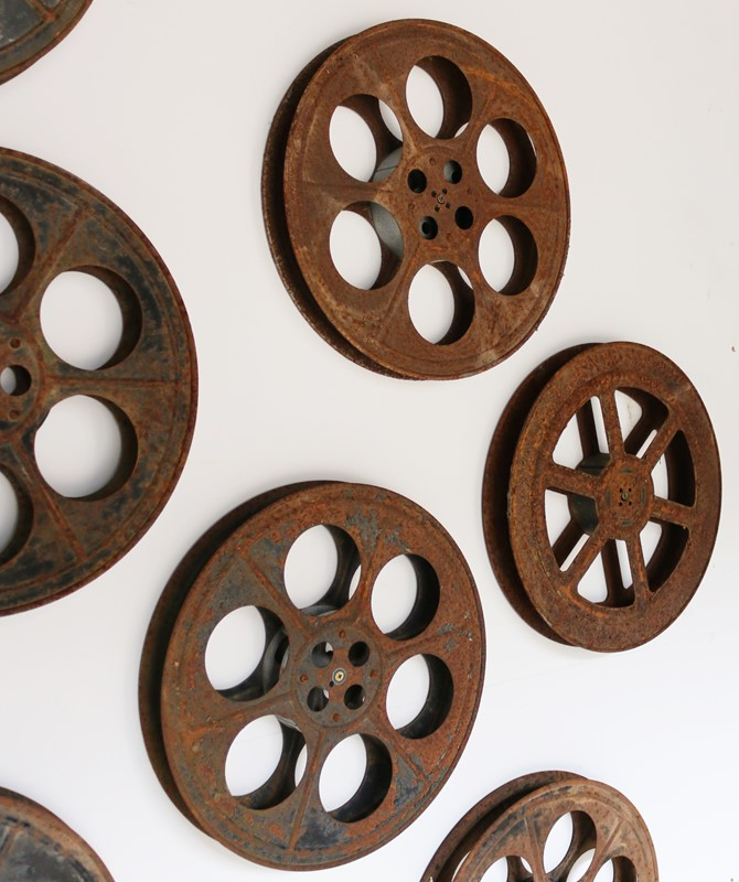 20th Century Cinema Projection Reels / Spools-uk-heritage-25610-16-main-636905801626264428.jpg