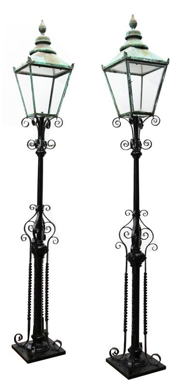 Pair Of Antique Reclaimed Lamp Posts-uk-heritage-27781-113-main-637012065230683377.jpg