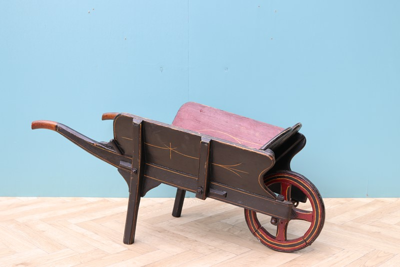 Victorian Children's Wheelbarrow-uk-heritage-28796-12-main-637086262577644574.JPG