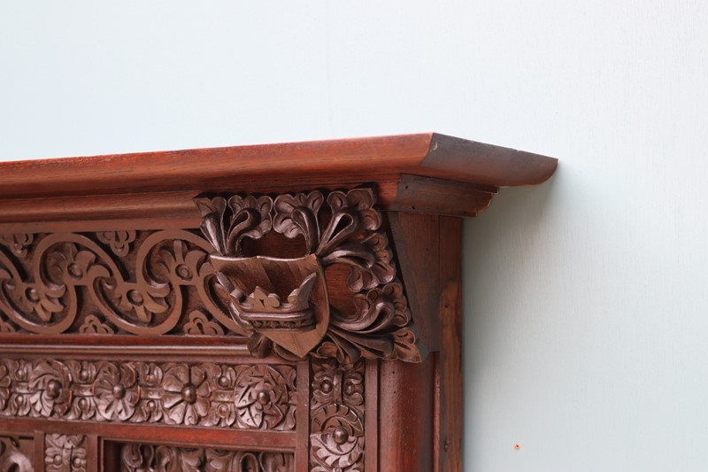 An English Jacobean Revival Carved Oak Fireplace-uk-heritage-29065-100016-main-637184087119572430.JPG