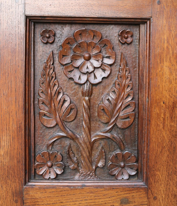 English Arts & Crafts Style Carved Oak Fireplace-uk-heritage-29070-100010-main-637184126561572795.JPG