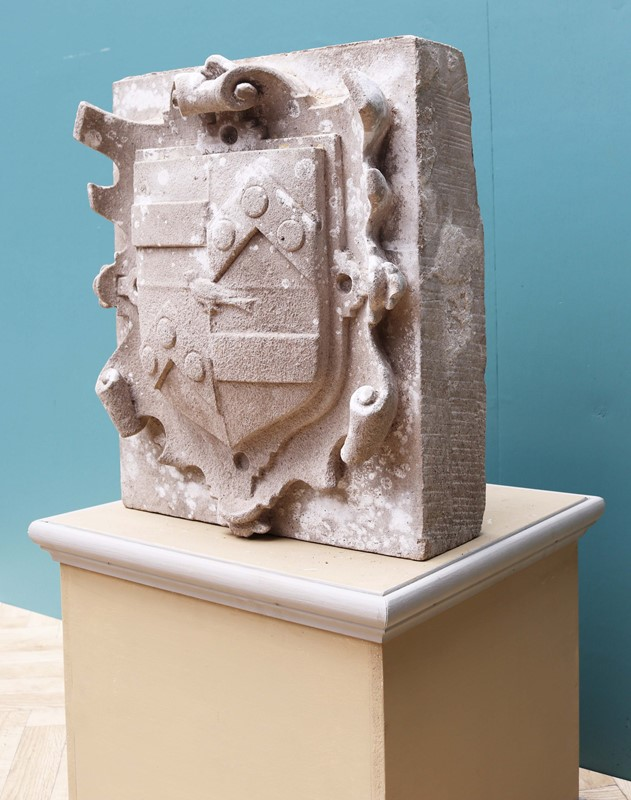 An Antique English Carved Stone Armorial Plaque-uk-heritage-29100-13-main-637184980511146165.JPG
