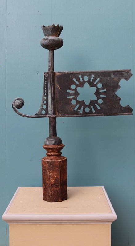 Antique Copper Thistle Weathervane-uk-heritage-29210-100009-main-637109666710233723.JPG