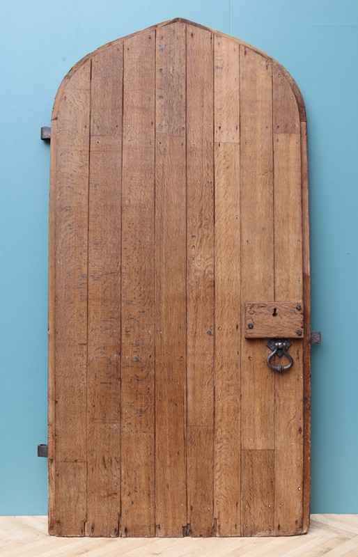 An Antique Arched English Oak Door-uk-heritage-29230-11-main-637190779431783145.JPG