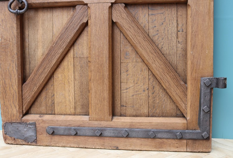 An Antique Arched English Oak Door-uk-heritage-29230-111-main-637190779560844904.JPG