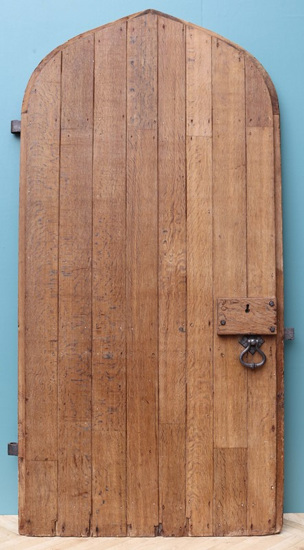 An Antique Arched English Oak Door-uk-heritage-29230-12-main-637190779462095435.JPG