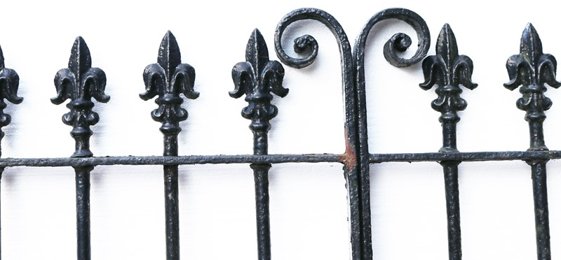 A Set of 10 ft Antique Wrought Iron Driveway Gates-uk-heritage-300084-main-637232372068511259.JPG