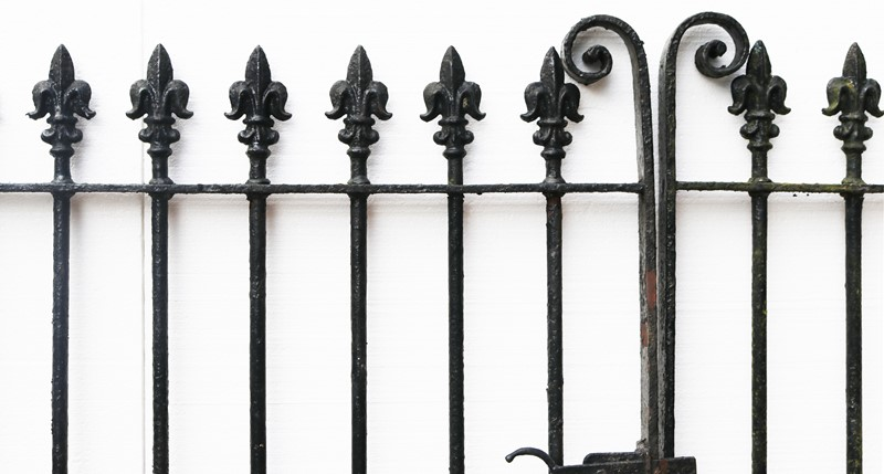 A Set of 10 ft Antique Wrought Iron Driveway Gates-uk-heritage-300107-main-637232374606464823.JPG