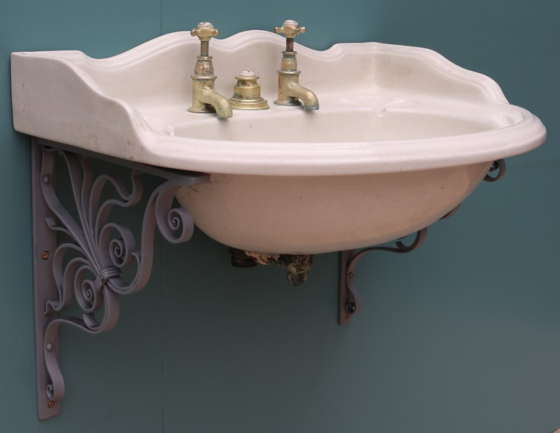 A Reclaimed George Jennings Sink or Wash Basin-uk-heritage-30028-111-main-637232391428266240.JPG