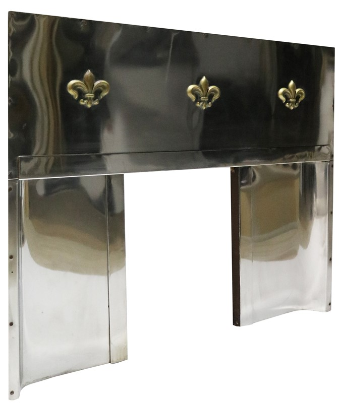 An Art Deco Stainless Steel Fireplace Insert-uk-heritage-30102-13-main-637248937414745074.JPG