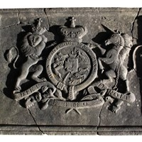 Very Rare Carved British Royal Coat Of Arms