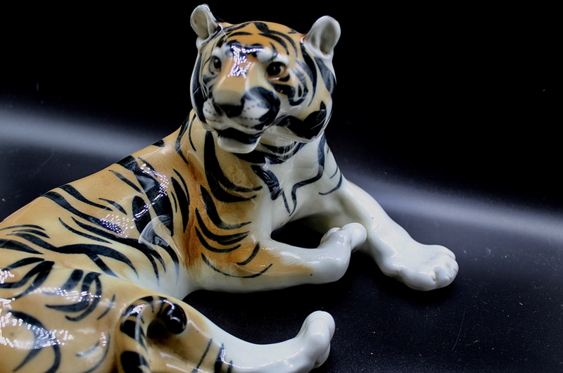 1970s Lomonosov Porcelain Tiger Figurine-voewood-vaults-Screen Shot 2018-09-14 at 14.44.20-main-636725331149114754.png