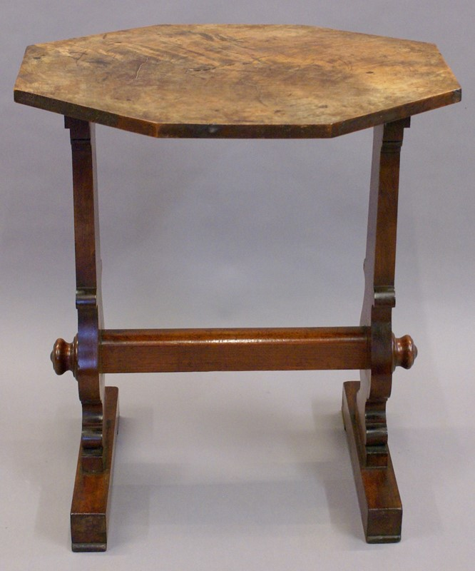 An unusual flame mahogany side table-w-j-gravener-antiques-dsc02688-main-636892212262718805.jpg