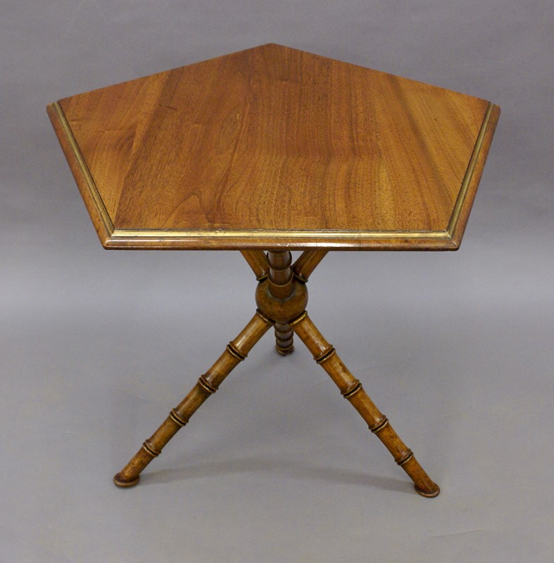 A Gypsy table by Howard & Sons-w-j-gravener-antiques-dsc04456-main-637121833444887753.jpg