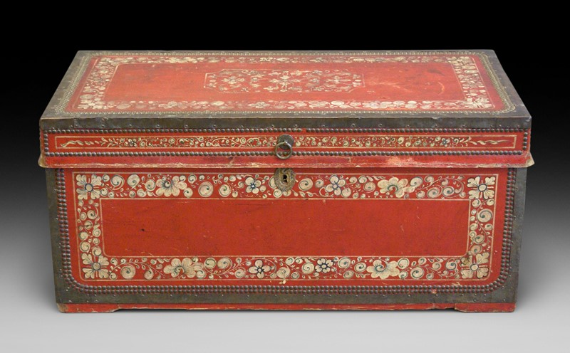 Leather and camphor Chinese-Export Trunk-w-j-gravener-antiques-p-1-main-636888751518810887.jpeg