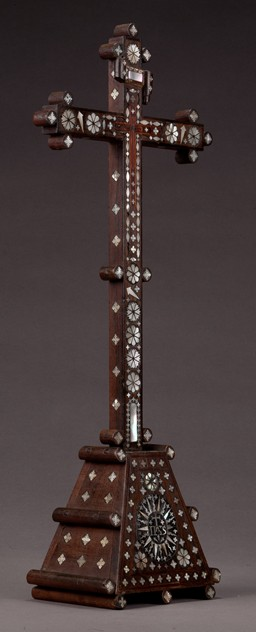 A Model of Christ's Crucifixion Cross-walpoles-1707bl_main.jpg