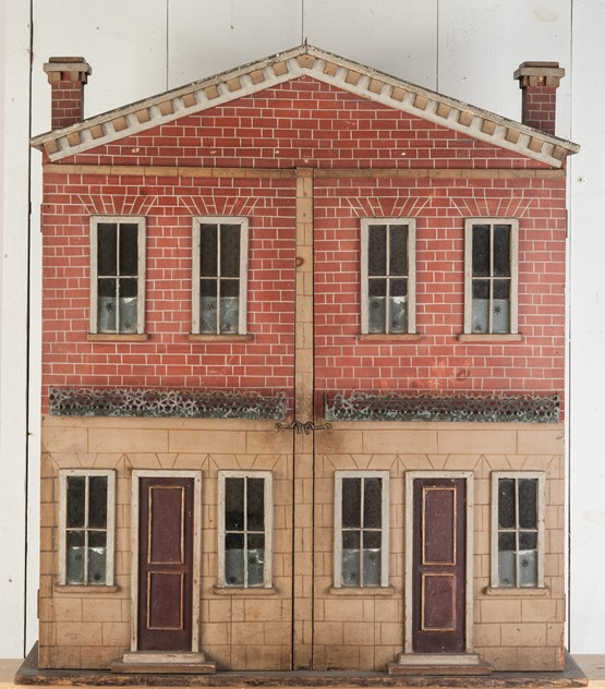 An unsusual pair of adjoining houses, Doll's House-walpoles-2586_main_636239051536321330.jpg