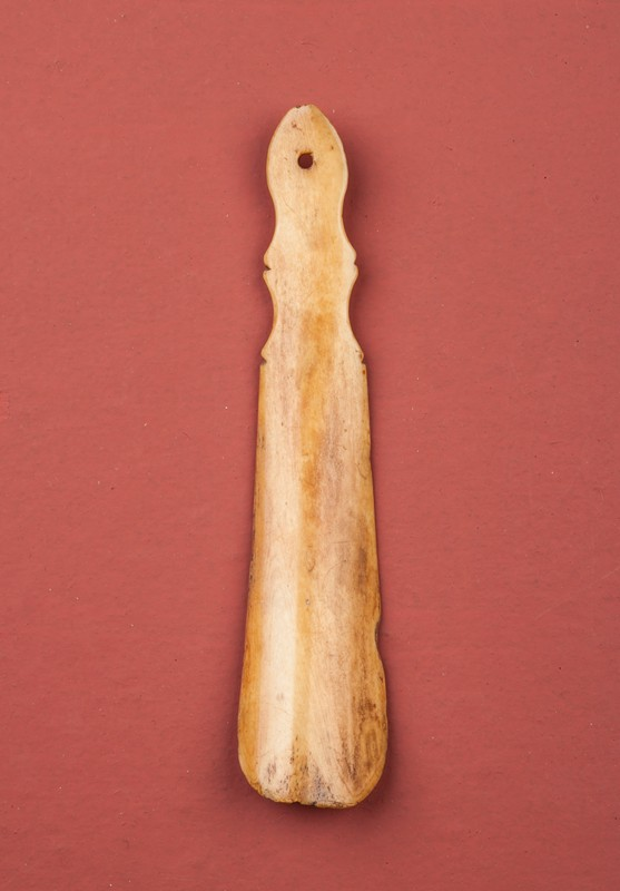 18th Century Shoe Horn-walpoles-3060a-main-636586232565239984.jpg