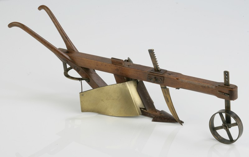 Beautifully Made Apprentice's Model Plough-walpoles-3328-main-636731535145409182.jpg