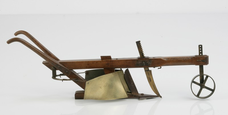 Beautifully Made Apprentice's Model Plough-walpoles-3328c-main-636731535490654886.jpg