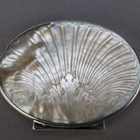 Mother of Pearl Snuff Box