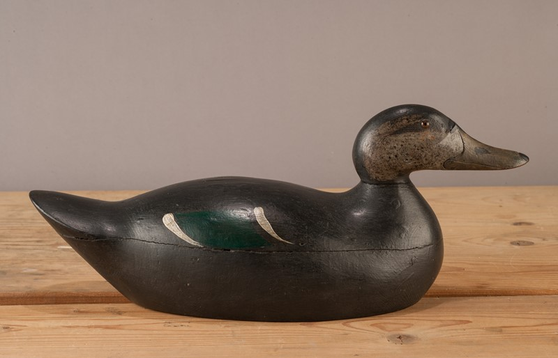 A Pair of American Decoy Ducks-walpoles-3699a-main-636994811751552026.jpg