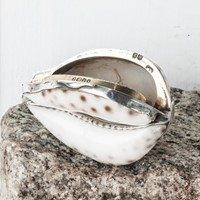 George IV silver mounted Cowrie Shell Snuff Box