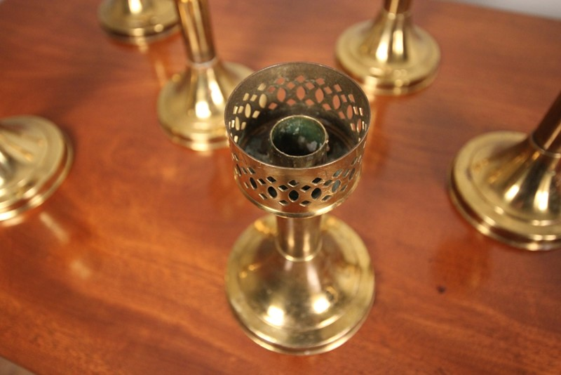 A run of 8 Decorative Brass Candlesticks-william-james-antiques-015-main-636958504204916498.JPG